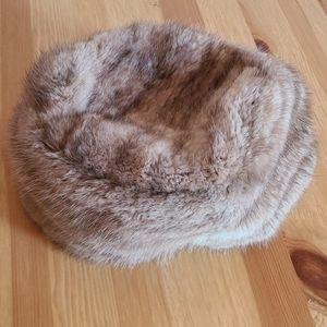 Vintage fur hat GWP